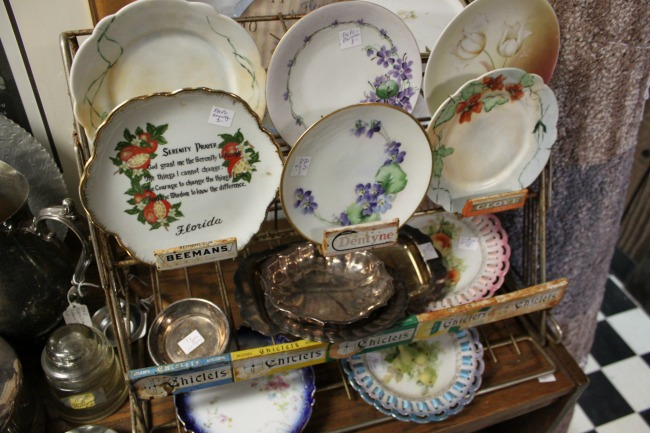 the-blue-building-antiques-consignment-antique plates
