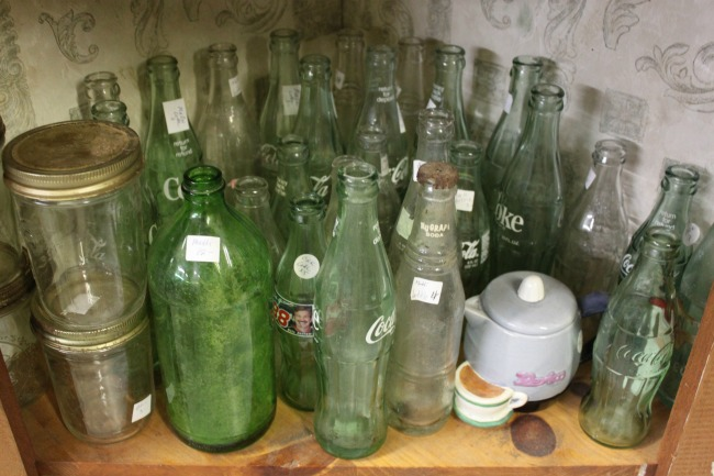 the-blue-building-antiques-consignment-collectible-bottles