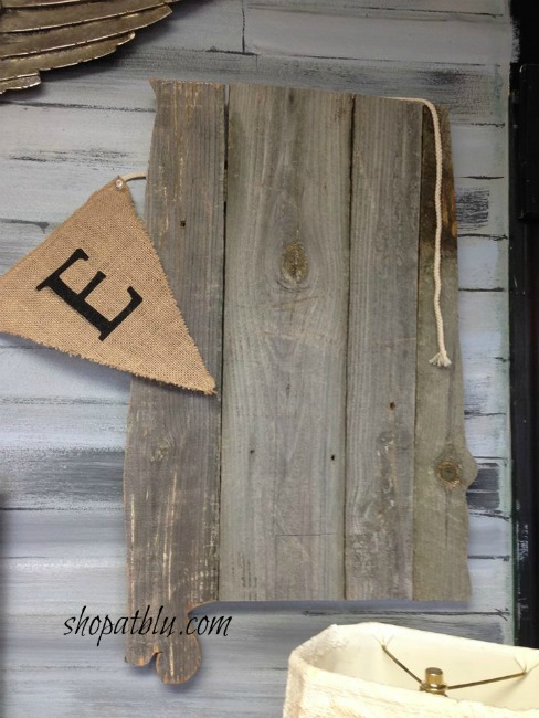 the-blue-building-shopatblu-Thanksgiving-decor-entryway-Sweet-Home-Alabama