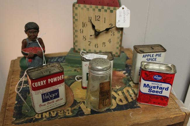 the-blue-building-antiques-consignment-vintage-kitchen