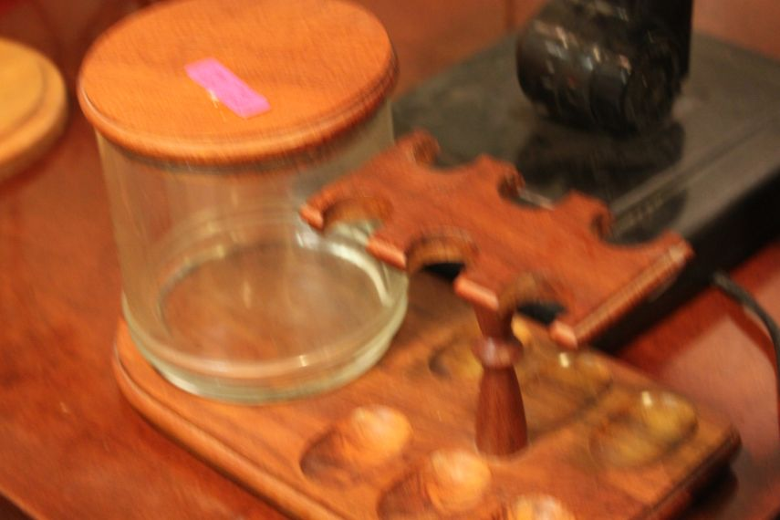 the-blue-building-antiques-pipe-tray