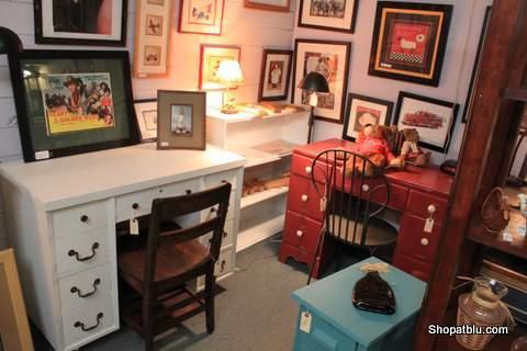 shop-at-blu-the-blue-building-desks