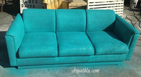 the-blue-building-shopatblu-fab-furniture-flipping-contest-spray-paint-fabric-sofa-turquoise-sofa-last-coat