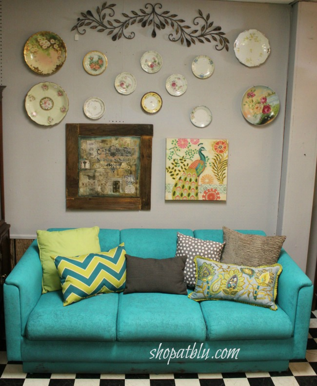 the-blue-building-spray-paint-fabric-sofa-shopatblu-fab-furniture-flipping-contest-turquoise-sofa-wall-art-antique-plates-crop