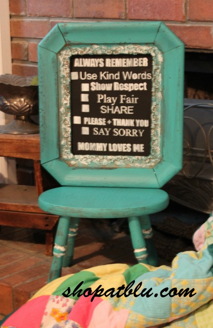 the-blue-building-shopatblu-antiques-thrift-store-throwdown-time-out-chair-general-finishes-patina-green