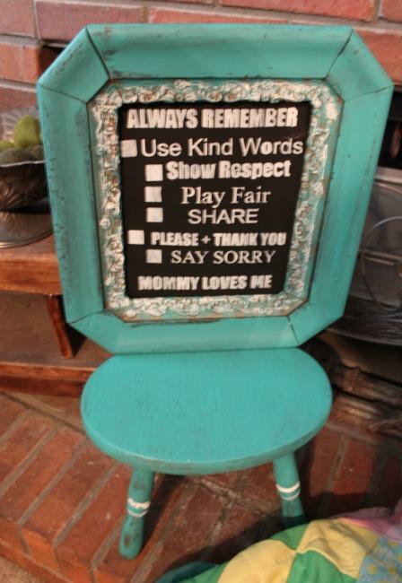 the-blue-building-shopatblu-antiques-thrift-store-throwdown-time-out-chair