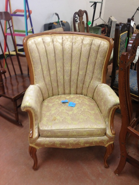 The Blue Building Antiques Alabaster AL shopatblu Thrift Store Swap 5 chair