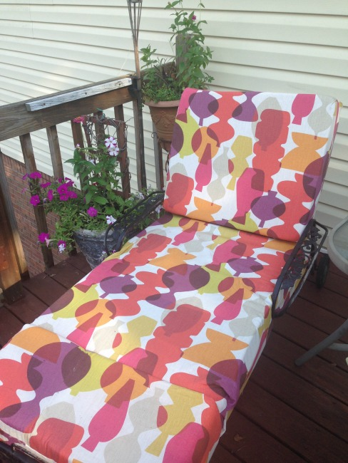 The Blue Building Antiques, Alabaster AL Deck makeover on a budget chaise lounge